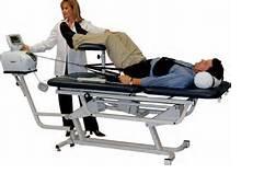 「拉腰」治坐骨神經痛